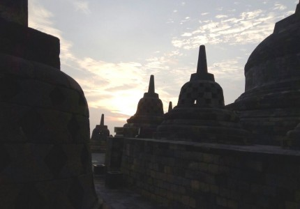Borobudur Sunrise & Merapi Lava Tours